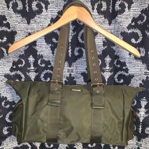 Kenneth Cole reaction small duffel  in olive green